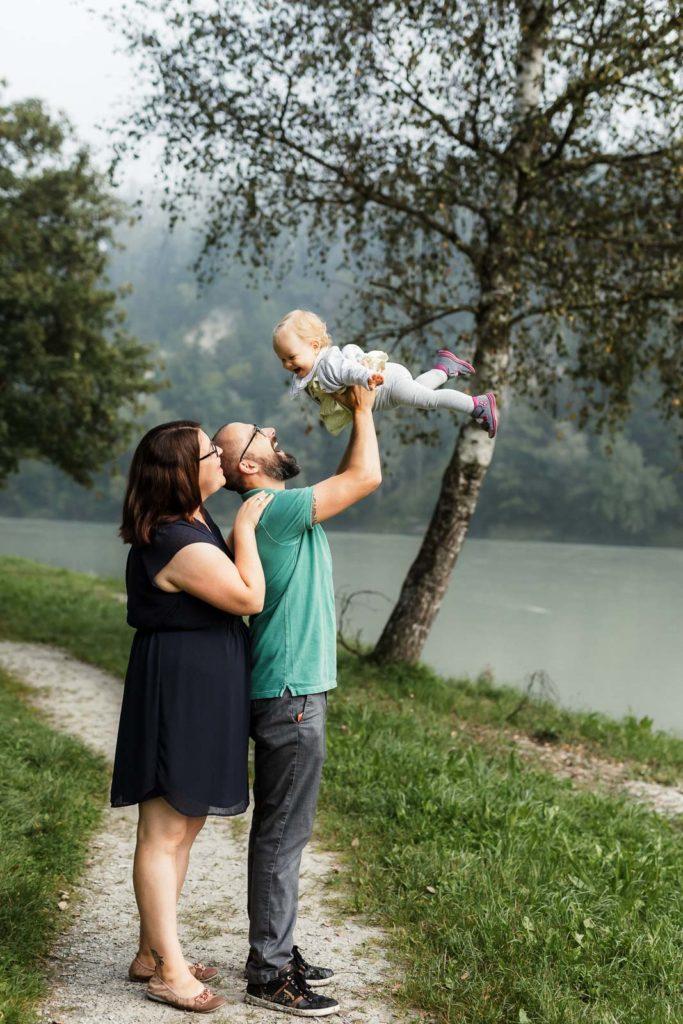 Familienfotografie die Lichtzeichnerin in Wasserburg am Inn 5-köpfige Familie Outdoor